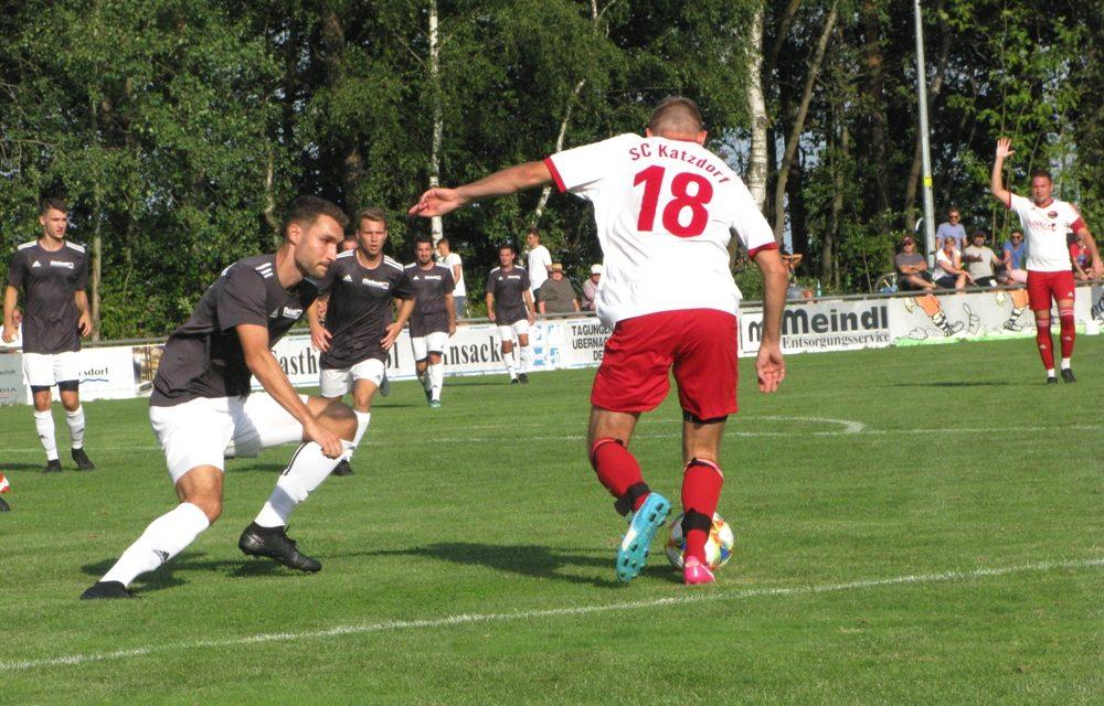 Acht Treffer im Spitzenspiel – Hainsacker und Katzdorf liefern sich ein Torspektakel