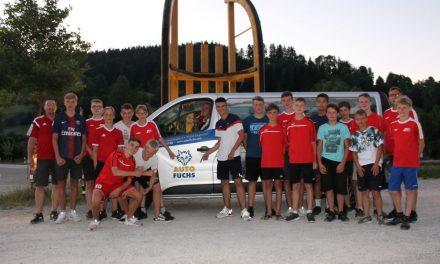 Auto Fuchs sponsert 9 Sitzer zur Fahrt der C1 nach Bad Tölz.