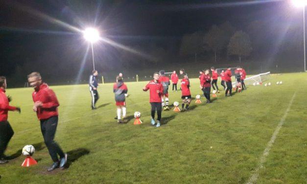 Training der C1 mit den Trainern der 1.Mannschaft von Pielenhofen.