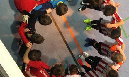 D2 in Futsalliga mit Sieg und Niederlage.