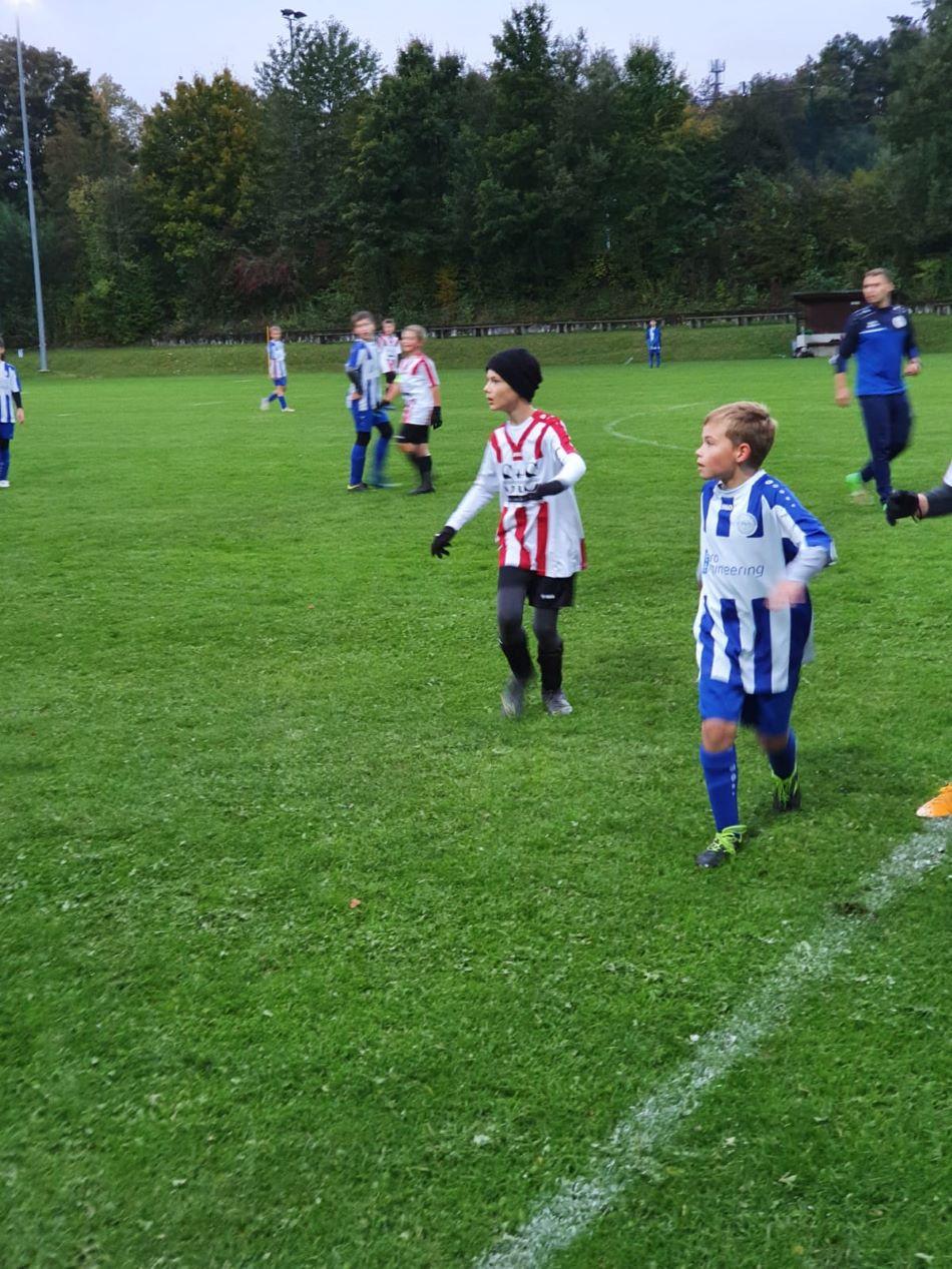 D2 FC Jura 3